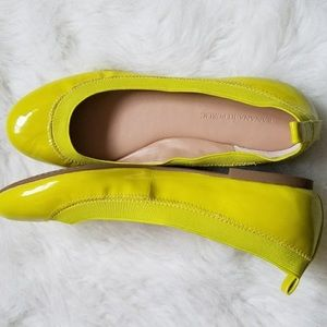 Banana Republic flats neon yellow size 8.5